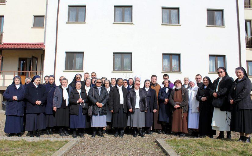 Roman: Zi de reculegere a persoanelor consacrate